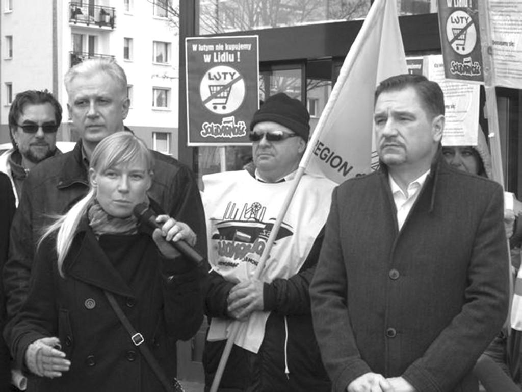 Protestaktion der Solidarnosc vor einer Lidl-Filiale.