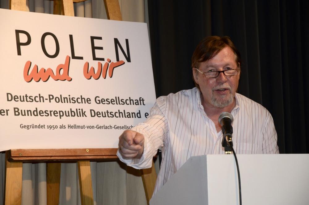 Christoph Heubner, Beiratsmitglied der Deutsch-Polnischen Gesellschaft der BRD und Vizepräsident des Internationalen Auschwitz Komitees hielt die Festansprache.
